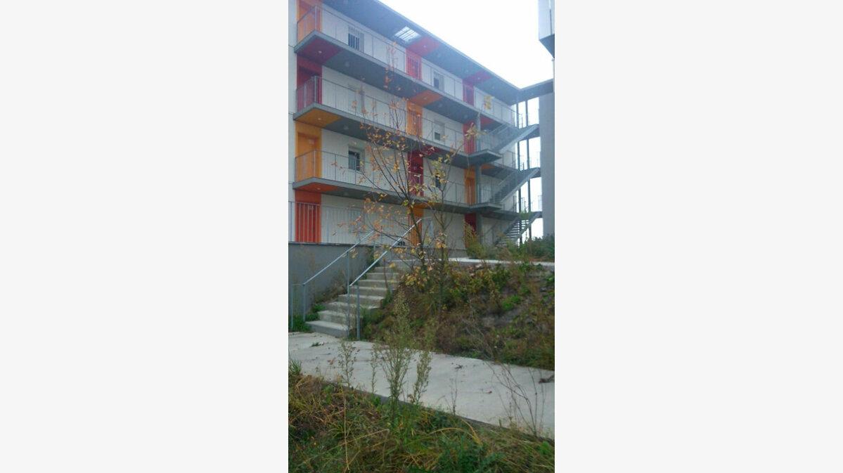 Location Appartement 3 pièces à Lormont - vignette-1