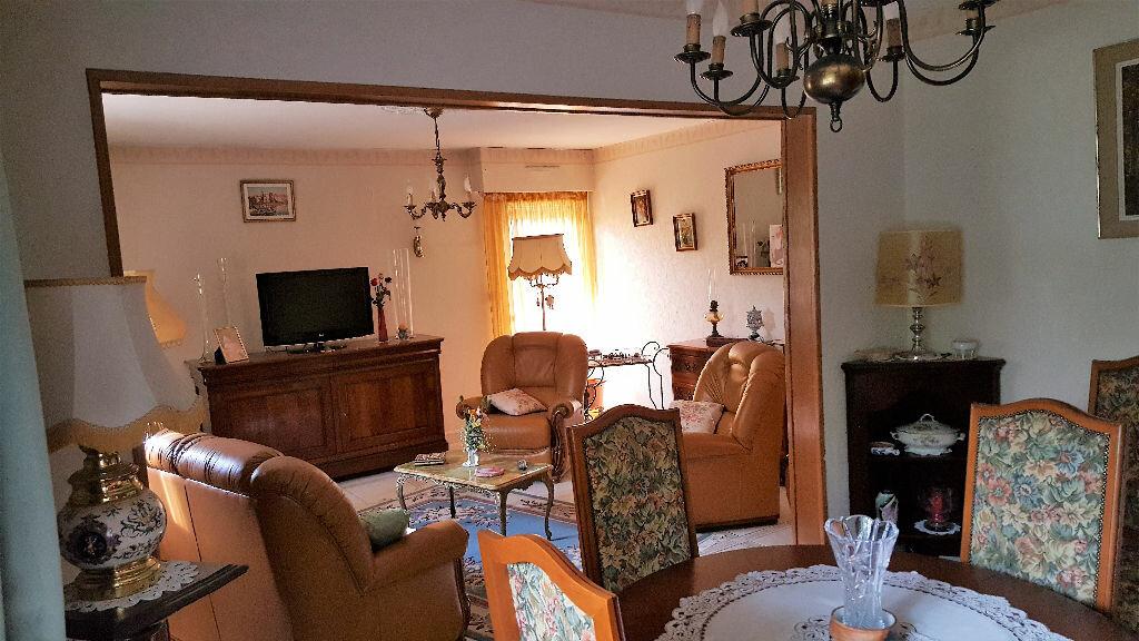 Achat Appartement 4 pièces à Lormont - vignette-1