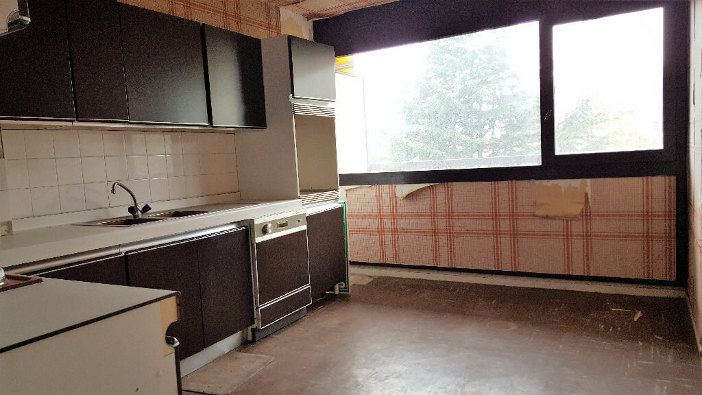 Achat Appartement 5 pièces à Cenon - vignette-2