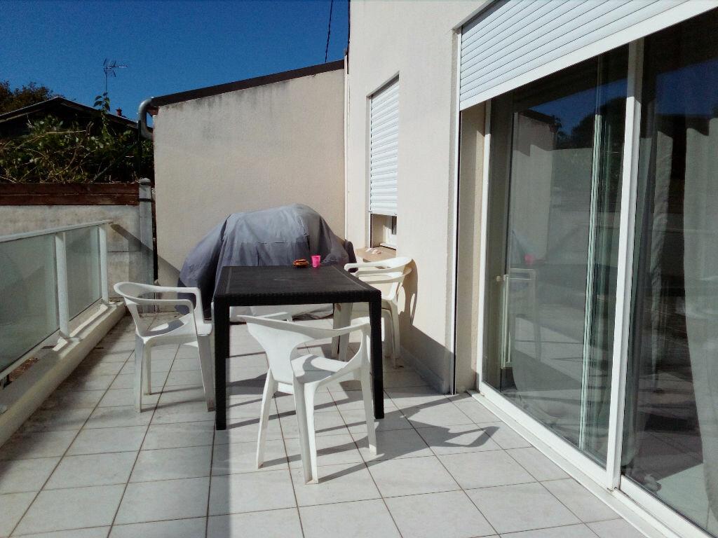Achat Appartement 2 pièces à Bordeaux - vignette-1
