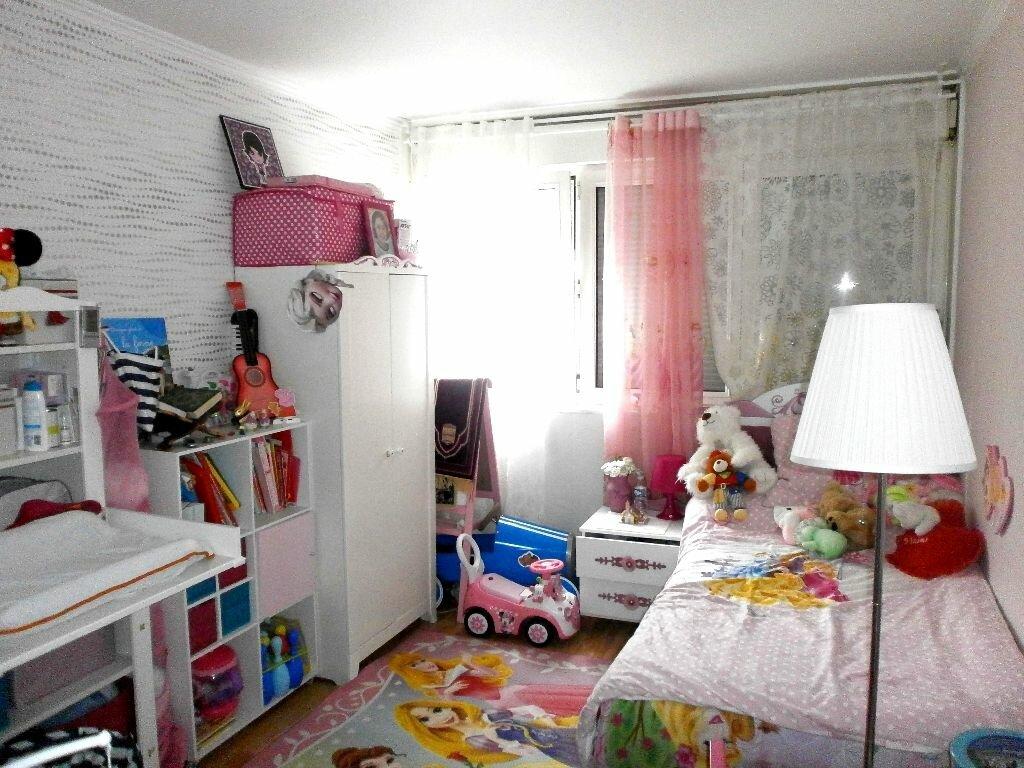 Achat Appartement 3 pièces à Pierrefitte-sur-Seine - vignette-1