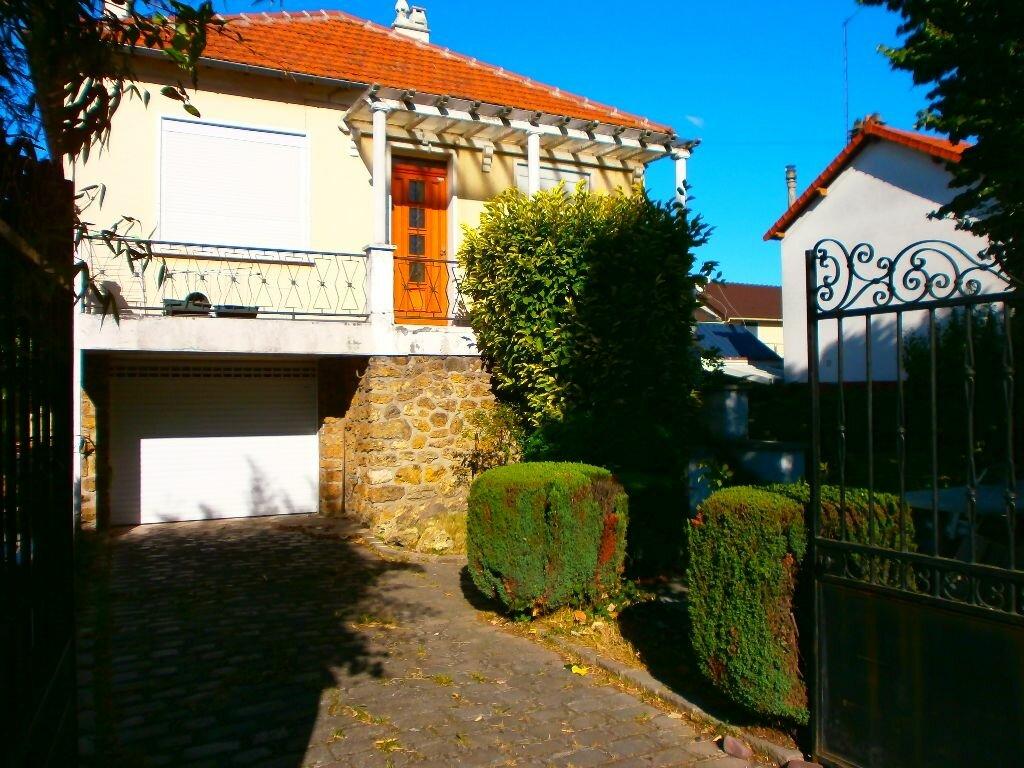 Achat Maison 4 pièces à Stains - vignette-2