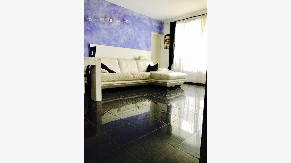 Achat Appartement 4 pièces à Garges-lès-Gonesse - vignette-1