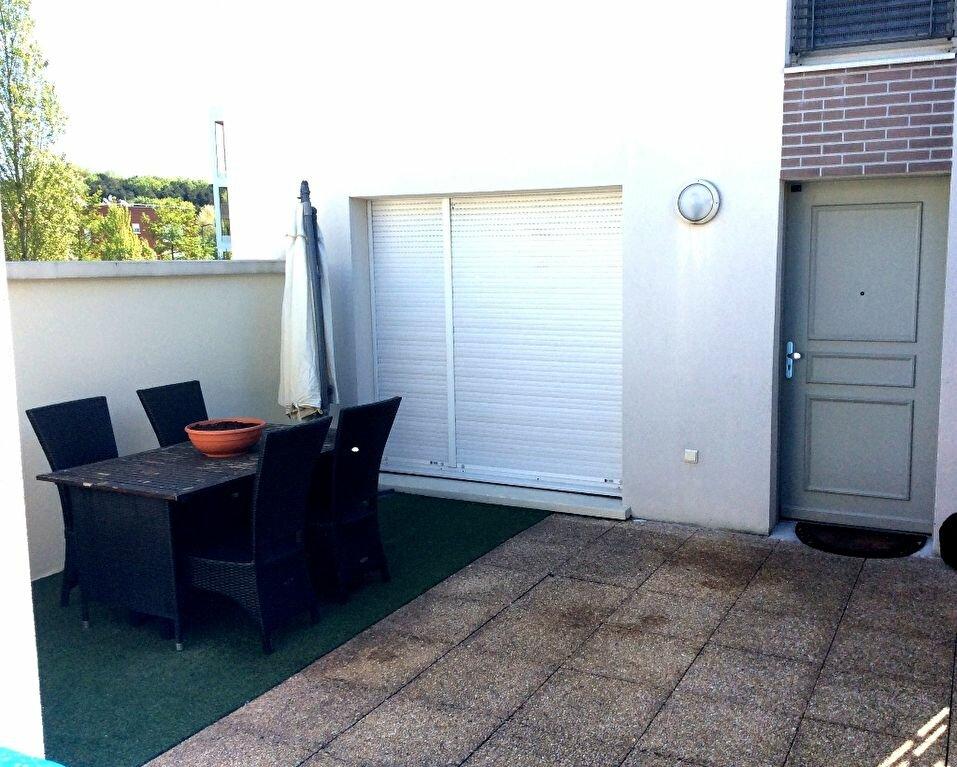 Achat Appartement 3 pièces à Stains - vignette-3