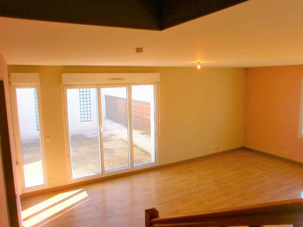 Achat Appartement 4 pièces à Stains - vignette-3