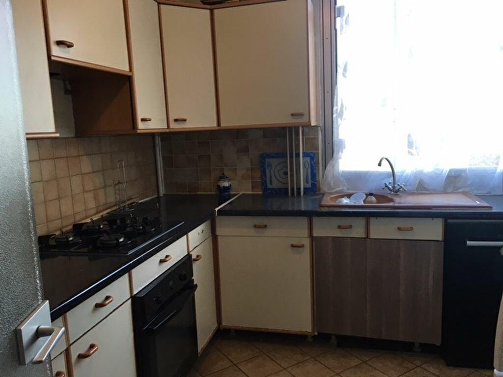 Achat Appartement 3 pièces à Garges-lès-Gonesse - vignette-2