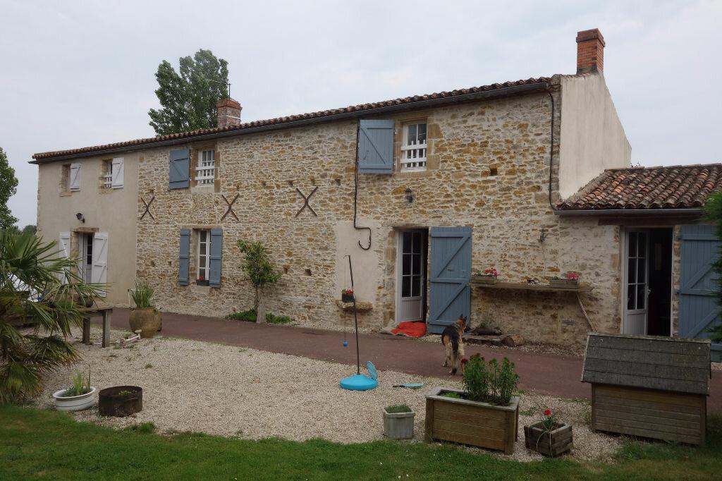 Maison talmont saint hilaire 320 m t 10 vendre 1 036 - Garage simonneau talmont saint hilaire ...
