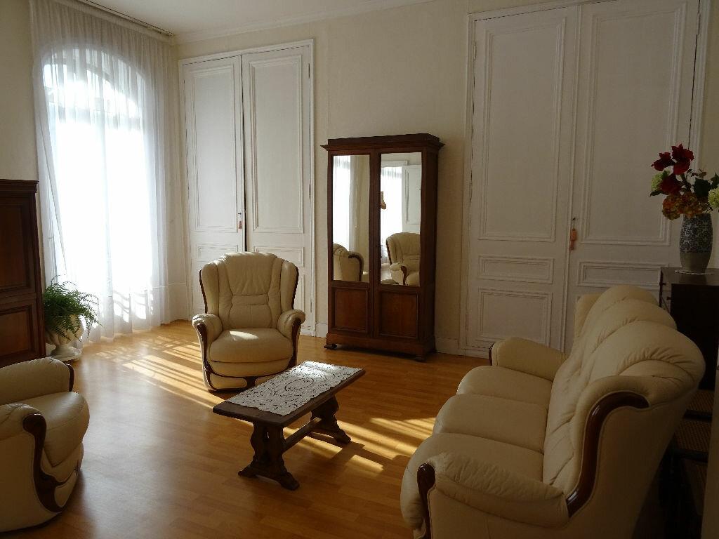 Achat Appartement 5 pièces à Boulogne-sur-Mer - vignette-3