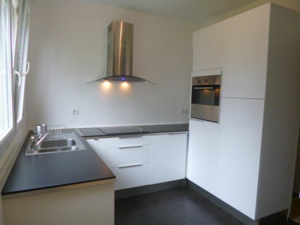Location Appartement 4 pièces à Boulogne-sur-Mer - vignette-1