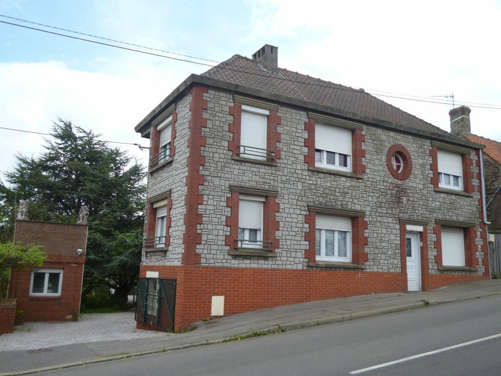 Achat Maison 5 pièces à Saint-Étienne-au-Mont - vignette-1