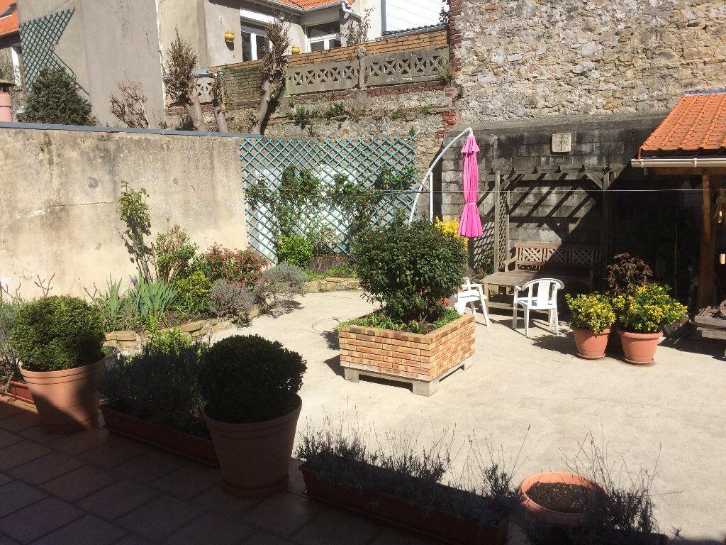 Achat Maison 4 pièces à Boulogne-sur-Mer - vignette-4