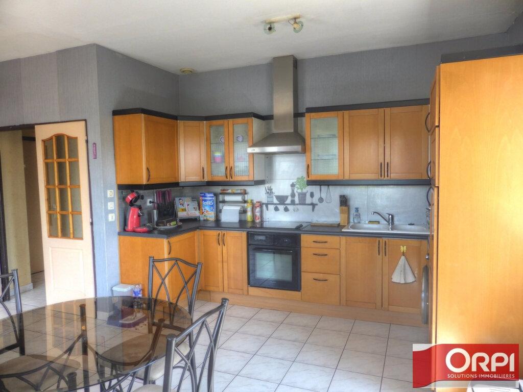 Location Appartement 3 pièces à Villefontaine - vignette-1