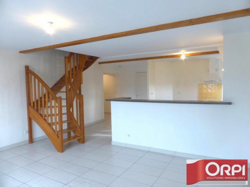 Location Appartement 4 pièces à La Verpillière - vignette-1