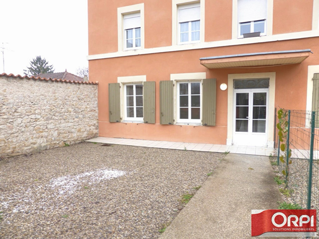 Location Appartement 3 pièces à La Verpillière - vignette-1