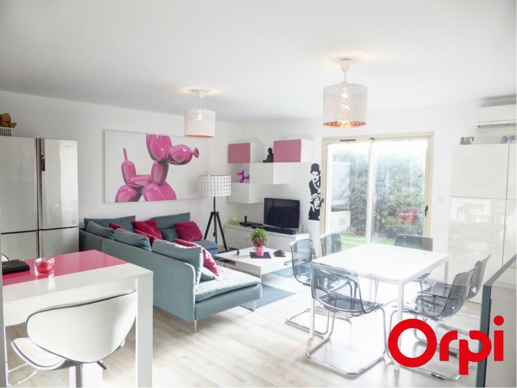 Location Appartement 3 pièces à L'Isle-d'Abeau - vignette-1