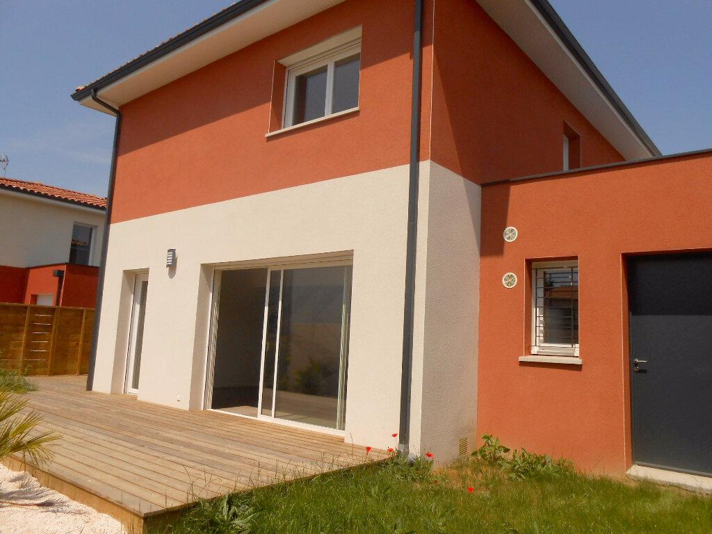 Location Maison 5 pièces à Gratentour - vignette-1