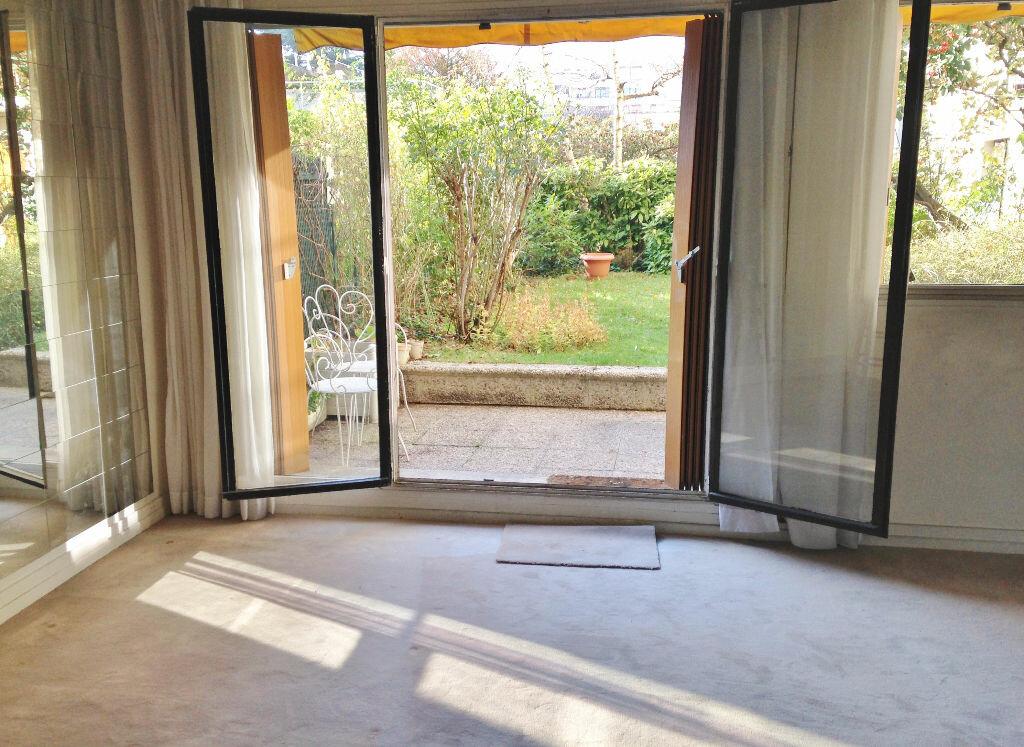 Achat Appartement 1 pièce à Boulogne-Billancourt - vignette-1