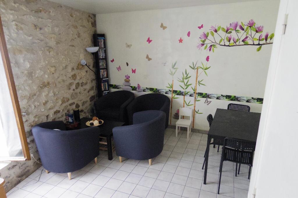 Achat Maison 3 pièces à Veneux-les-Sablons - vignette-2