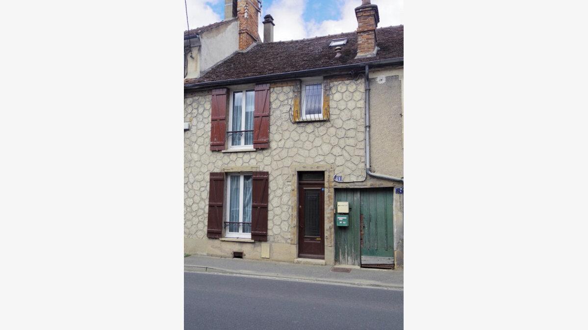 Achat Maison 4 pièces à Moret-sur-Loing - vignette-1