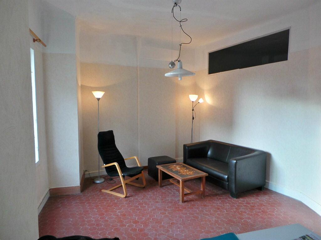Achat Appartement 2 pièces à Marseille 5 - vignette-9
