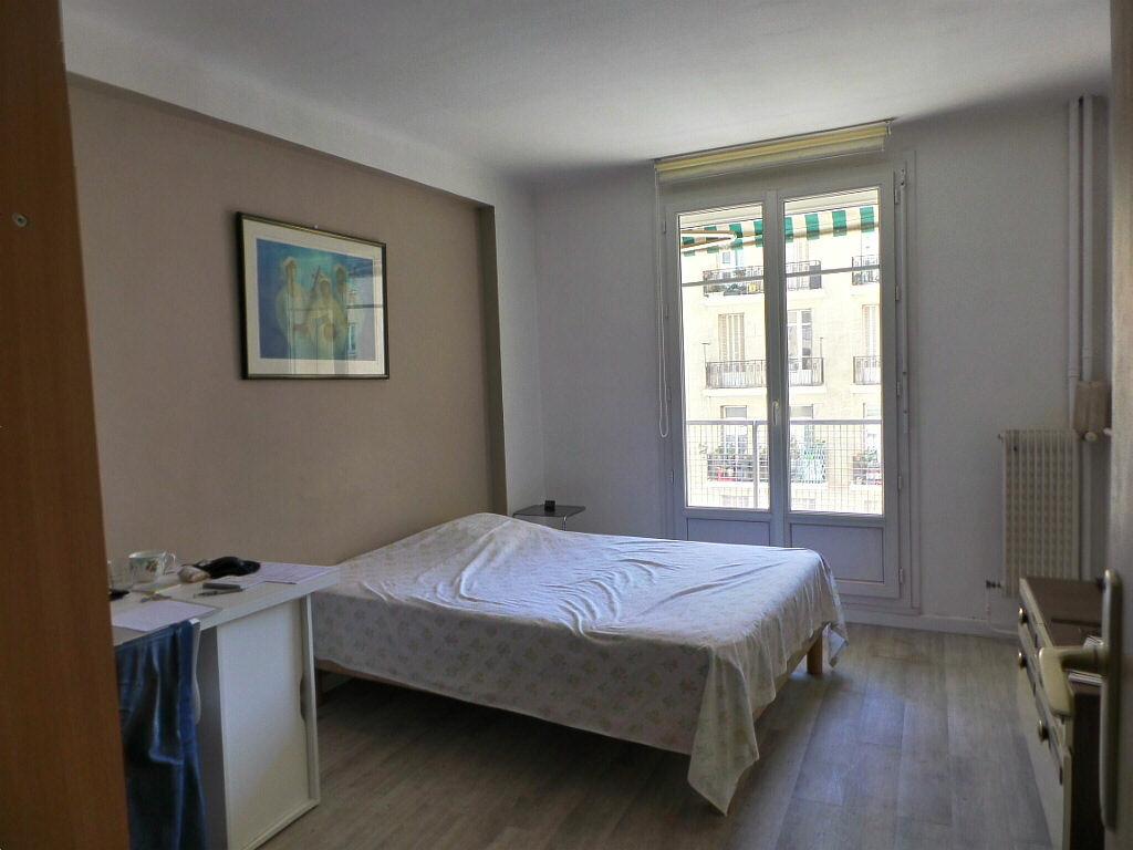 Achat Appartement 4 pièces à Marseille 4 - vignette-3