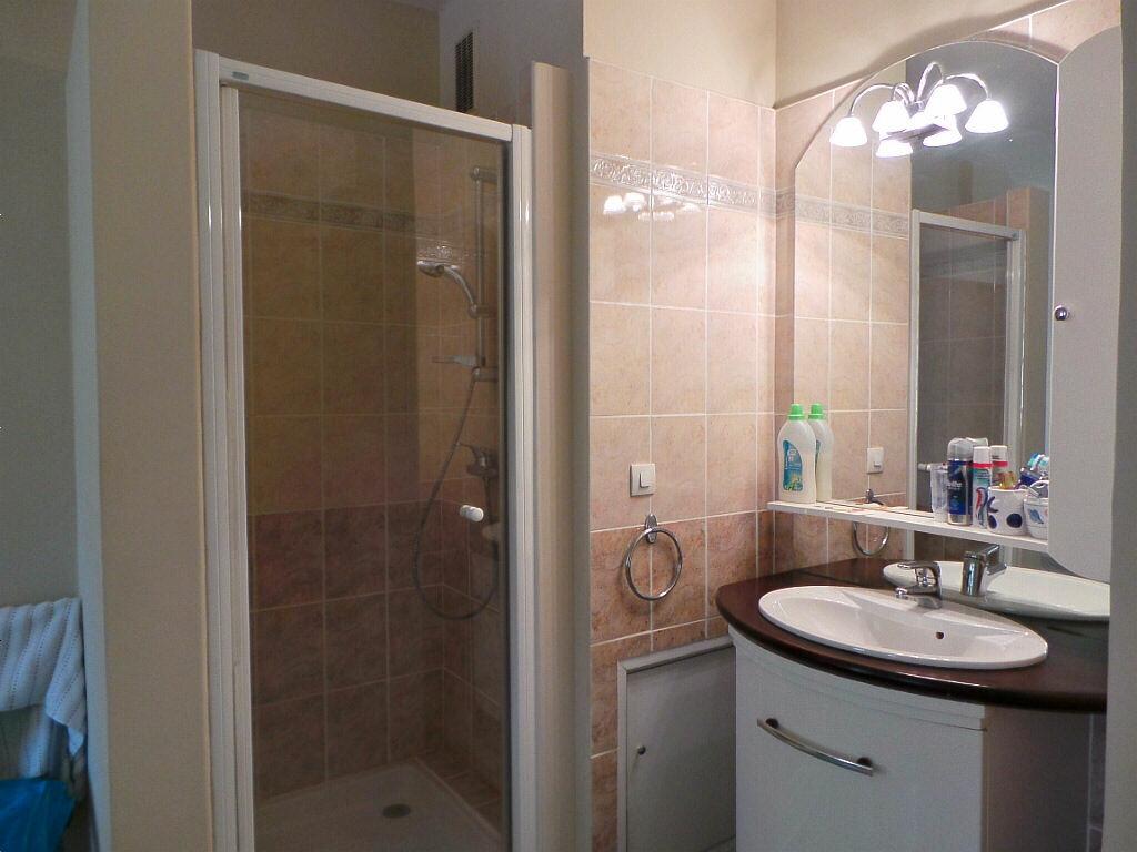 Achat Appartement 2 pièces à Marseille 6 - vignette-5