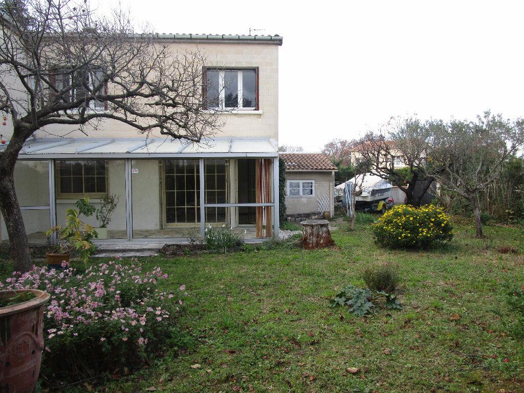 Achat Maison 5 pièces à Avignon - vignette-1