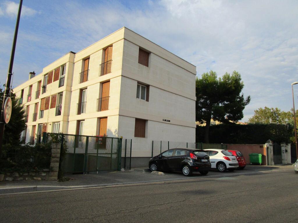 Location Appartement 4 pièces à Avignon - vignette-2