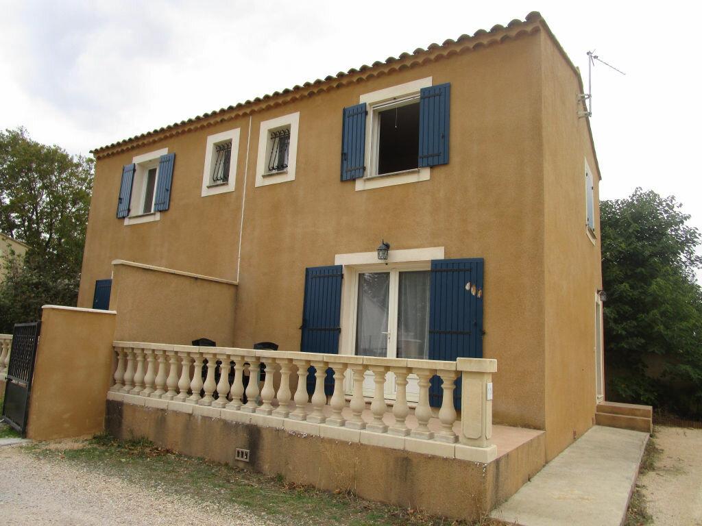 Location Maison 3 pièces à Morières-lès-Avignon - vignette-1