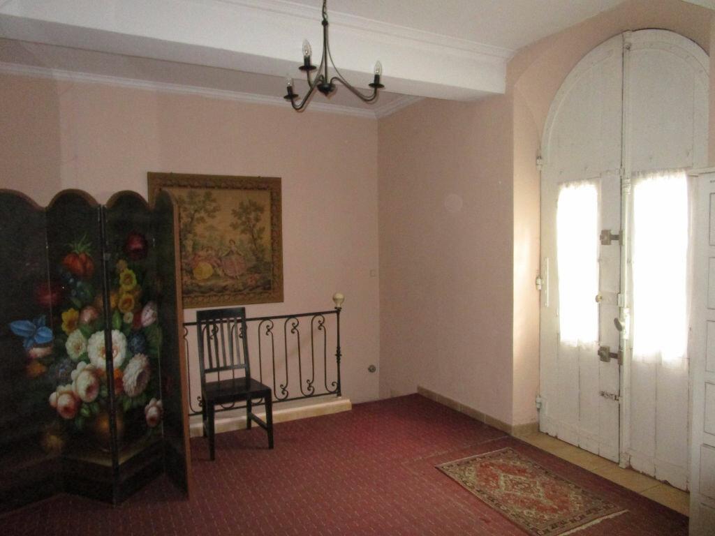 Achat Maison 22 pièces à Entraigues-sur-la-Sorgue - vignette-13