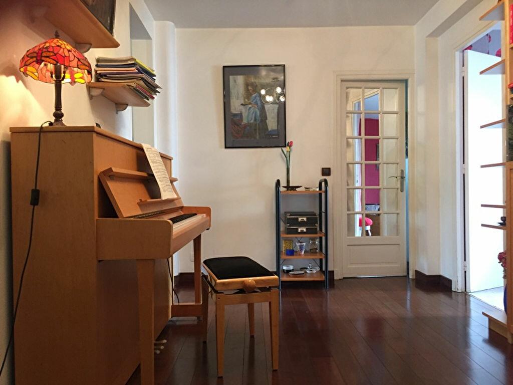 Achat Appartement 6 pièces à Saint-Maur-des-Fossés - vignette-1
