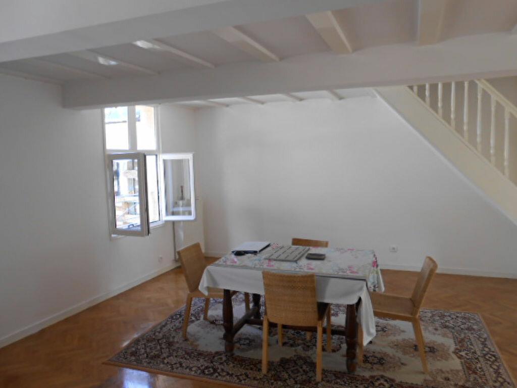 Achat Maison 4 pièces à Colombes - vignette-1