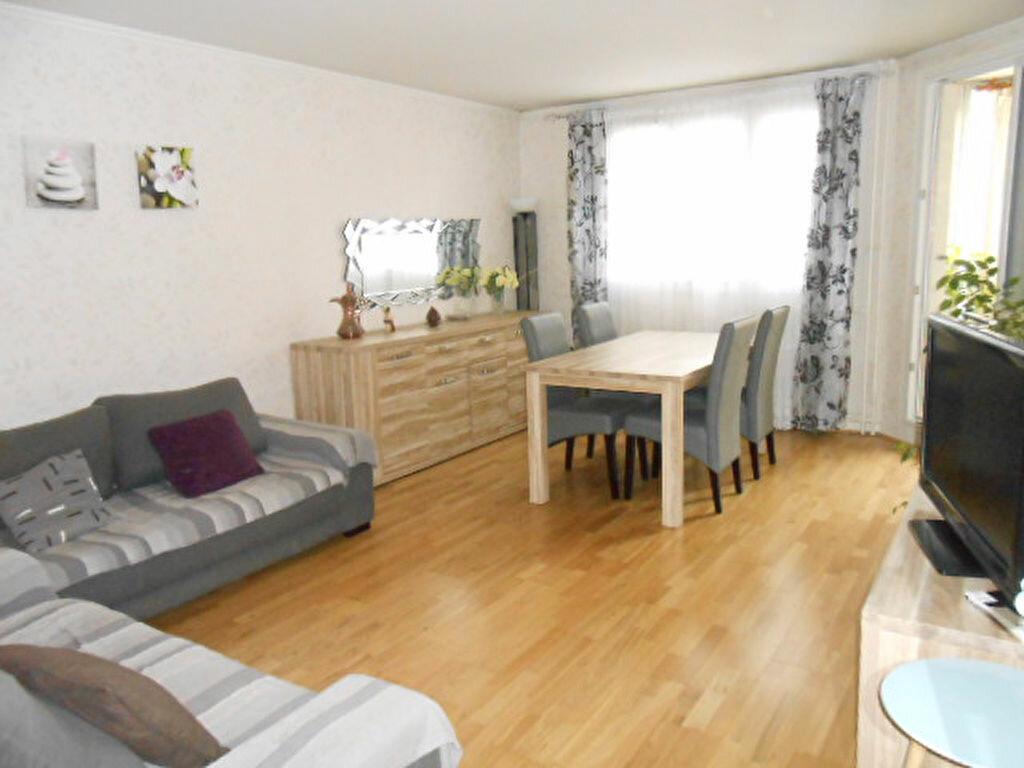 Achat Appartement 3 pièces à Asnières-sur-Seine - vignette-1
