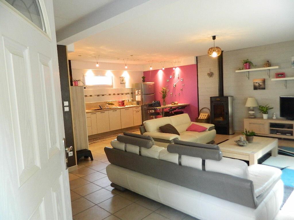 Achat Maison 6 pièces à Saint-Prim - vignette-1