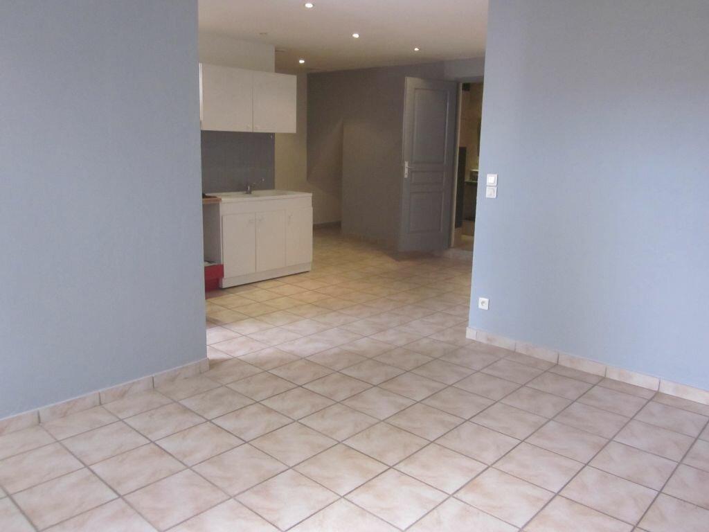 Location Appartement 2 pièces à Vienne - vignette-1