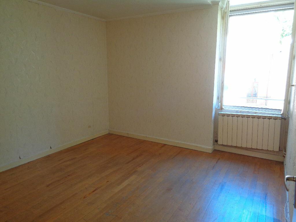 Achat Appartement 3 pièces à Vienne - vignette-3