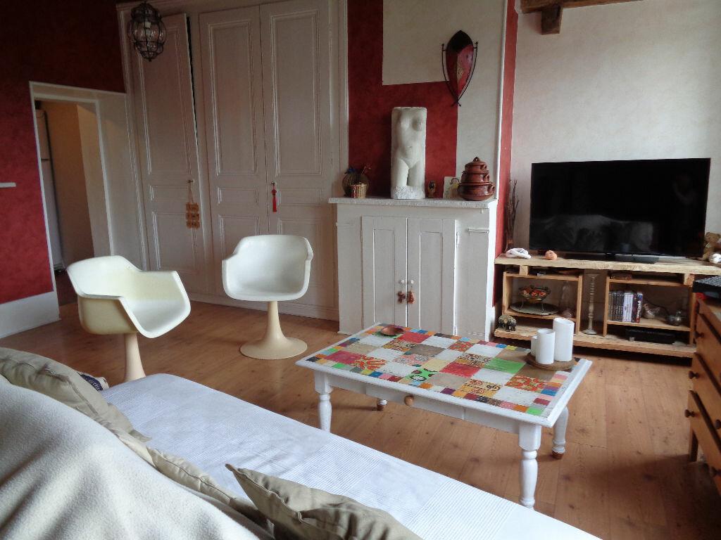 Achat Maison 4 pièces à Sainte-Colombe - vignette-1