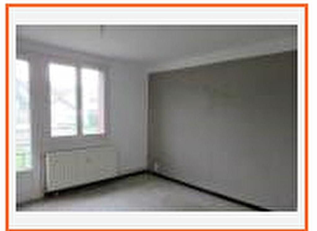 Achat Appartement 4 pièces à Saint-Maurice-l'Exil - vignette-1