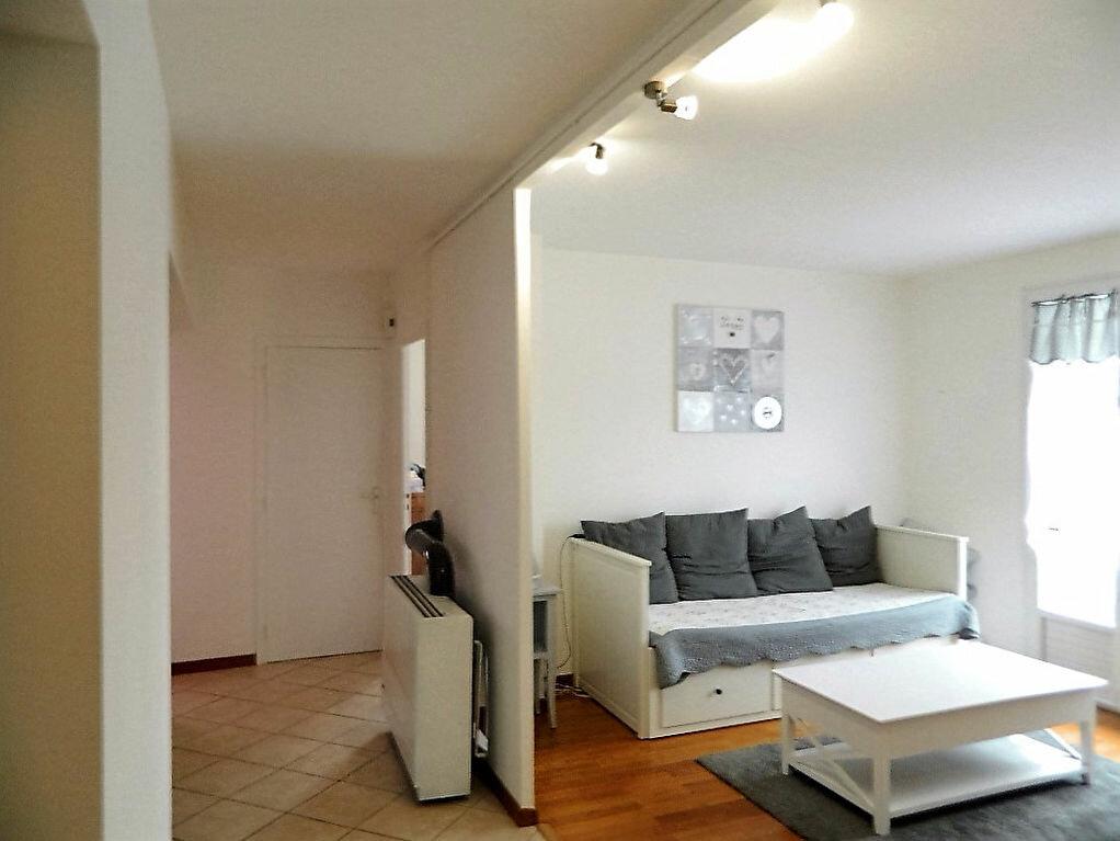 Achat Appartement 3 pièces à Pont-Évêque - vignette-1