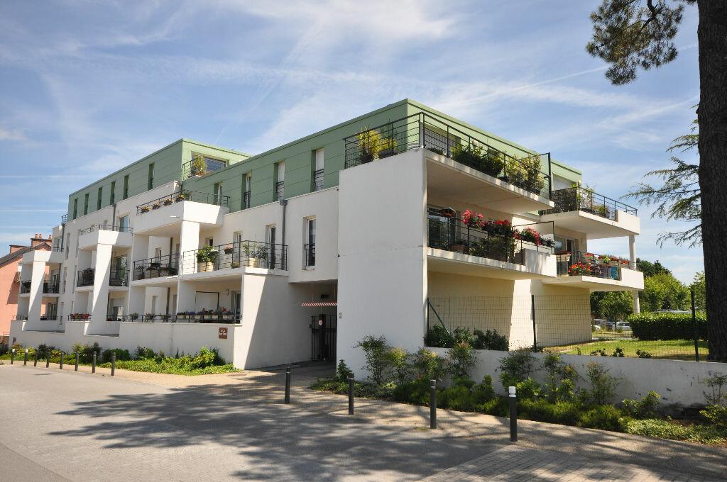 Achat Appartement 3 pièces à Saint-Avé - vignette-1