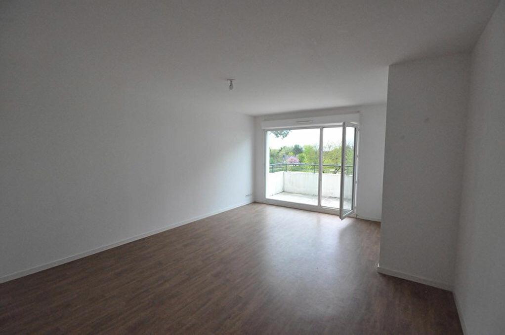 Achat Appartement 3 pièces à Saint-Avé - vignette-4