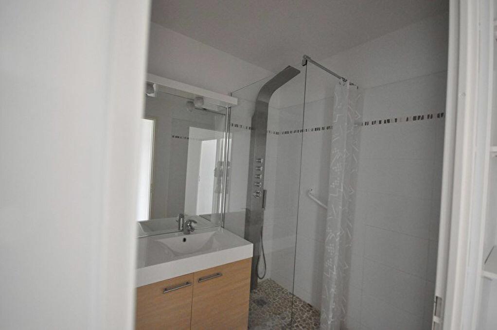 Achat Appartement 3 pièces à Saint-Avé - vignette-6