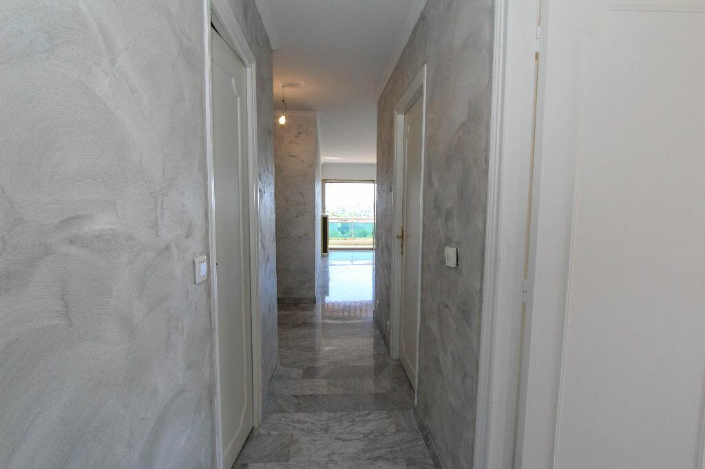 Achat Appartement 3 pièces à Antibes - vignette-8
