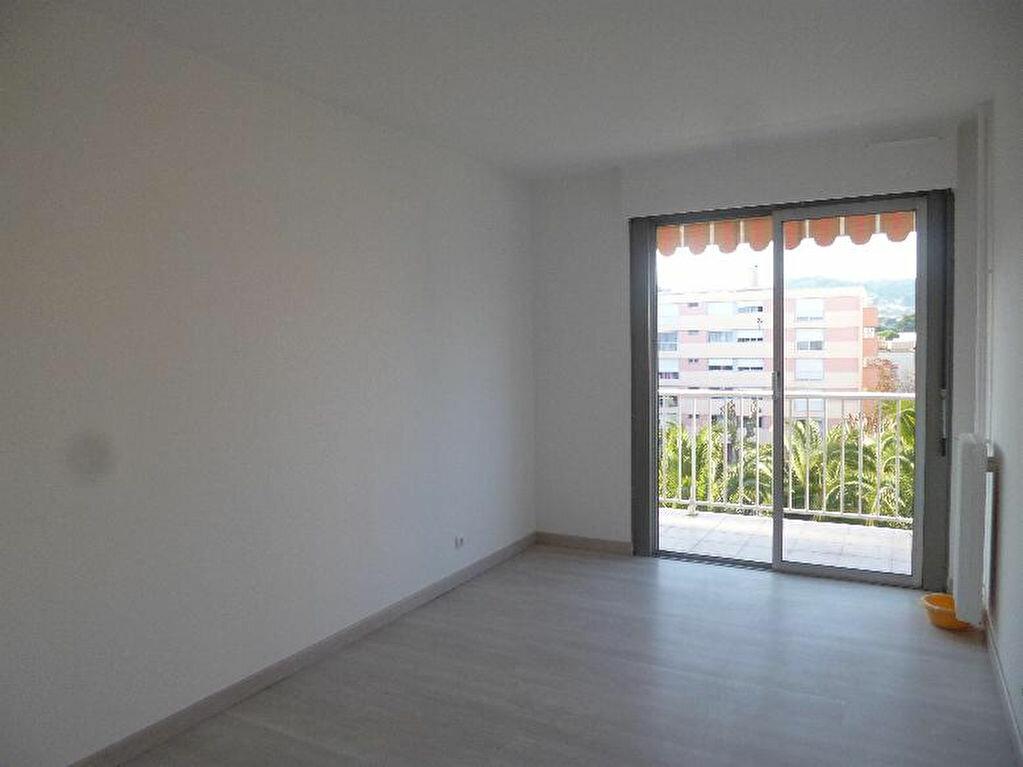 Achat Appartement 2 pièces à Vallauris - vignette-10
