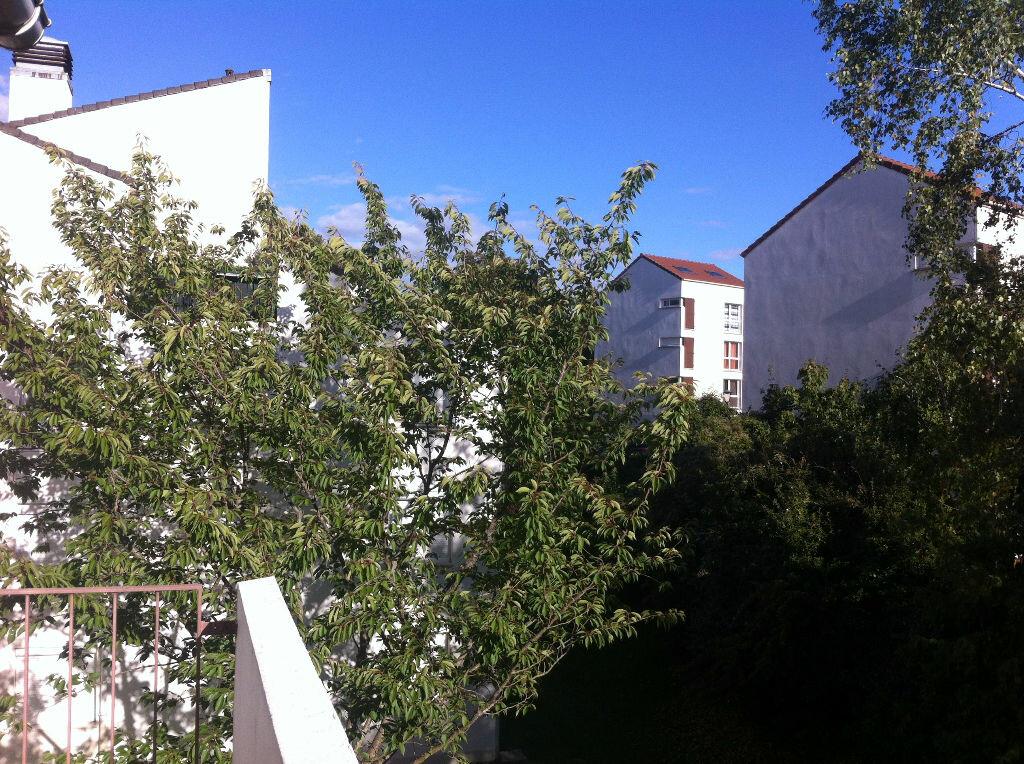 Location Appartement 1 pièce à Menucourt - vignette-1