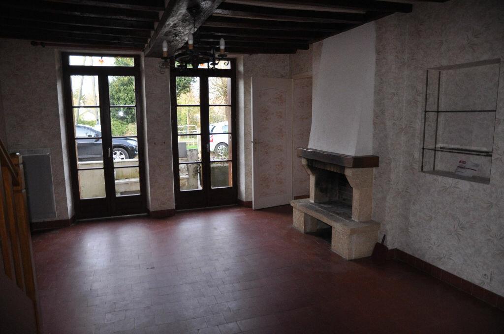 Location Maison 4 pièces à Boulleret - vignette-2