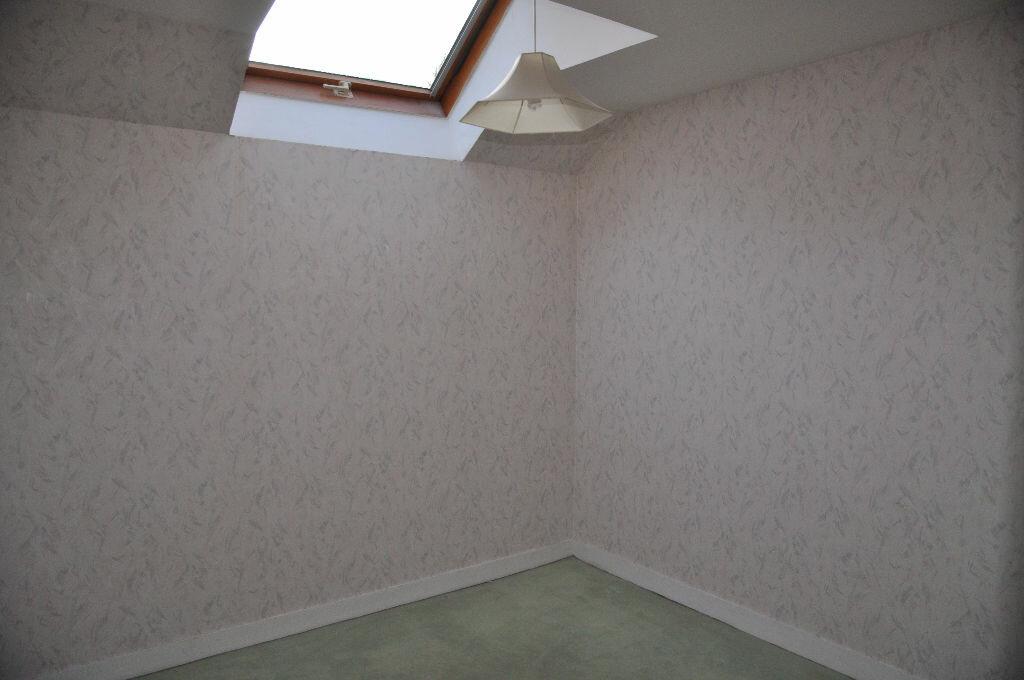 Location Maison 4 pièces à Boulleret - vignette-8