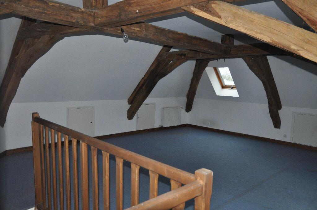 Location Maison 4 pièces à Donzy - vignette-3