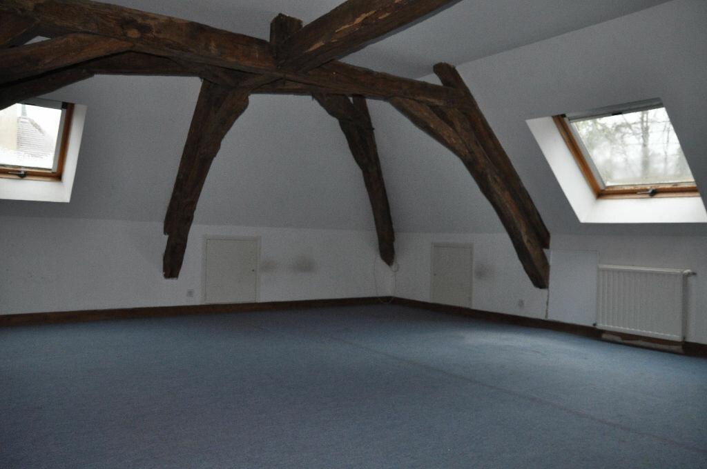 Location Maison 4 pièces à Donzy - vignette-4