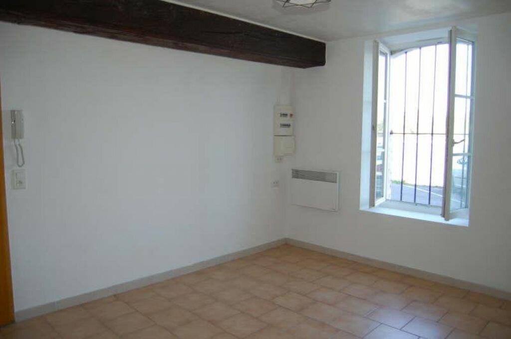 Location Appartement 1 pièce à Saint-Satur - vignette-1